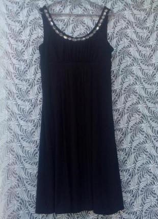 Вечернее платье камни