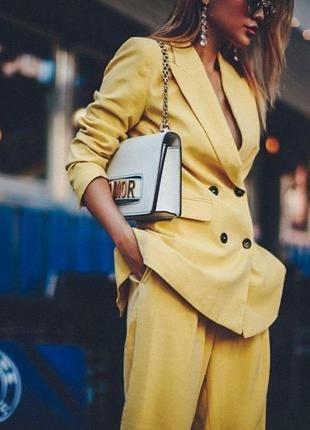 Двубортный желтый пиджак zara