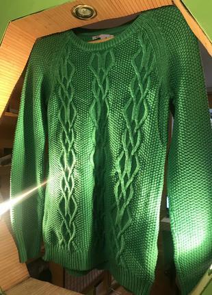 Отличный тёплый свитер