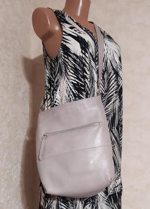 Кожаная сумка через плечо хобо серого цвета, италия