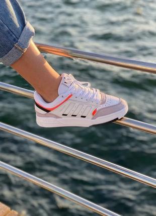 Стильные женские легкие кроссовки adidas drop step белые кожаные адидас летние