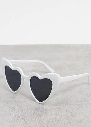 Новые белые солнцезащитные очки в форме сердца svnx