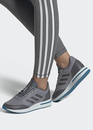 Женские кроссовки adidas демисезонные для бега run 70s