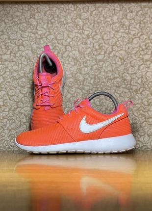Тканевые спортивные кроссовки nike rosherun roshe run one оригинал размер 36.5