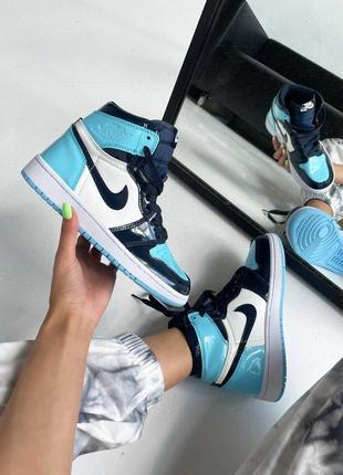 """Женские кроссовки nike air jordan retro 1 high """"patent blue"""" синие. женская обувь кожа. наложка"""