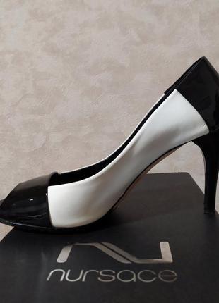 Кожаные чёрно-белые туфли лодочки nursace, оригинал! 38 р