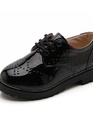 Лаковані туфлі дитячі bobozi
