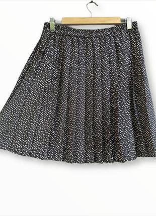 Стильная юбка в складку hirsch