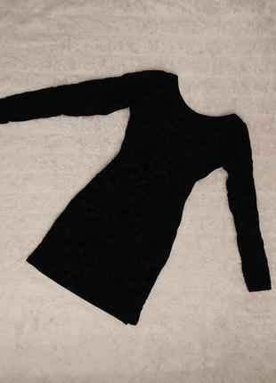 Платте вечернее гипюровое черное с длинным рукавом