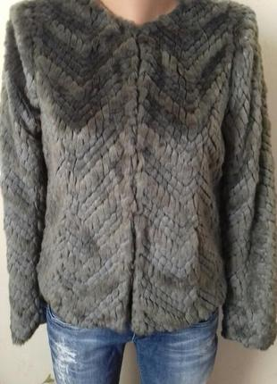 Красивая меховая куртка next