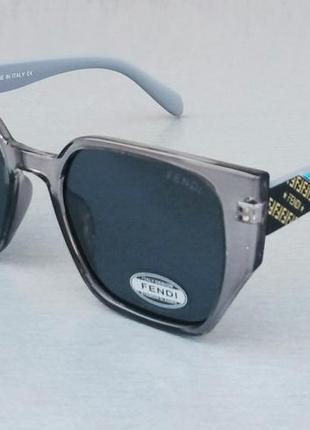 Fendi очки женские солнцезащитные в серой прозрачной оправе