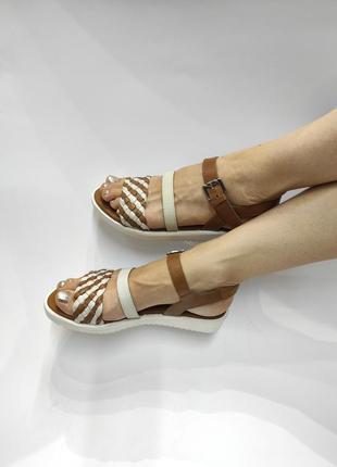 Шкіряні босоніжки!!! розпродаж нові знижка