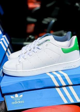 Женские кроссовки adidas stan smith green and white#адидас