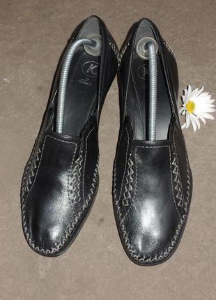 Стильные кожаные туфли clarks р.38 (25 см)