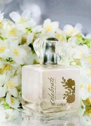 Женская парфюмерная вода avon tta celebrate 50 ml