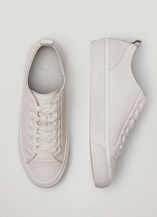 Кожаные кроссовки massimo dutti кремовые