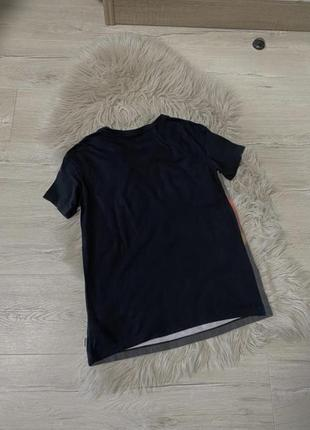 Крута футболка convers4 фото