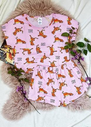 Трикотажная пижама пижамка футболка и шортики коты