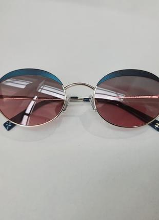 Женские ультраполяризованые очки.производство швейцария.