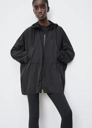 Новая ветровка куртка  zara