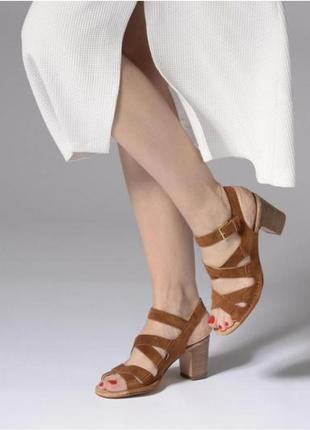 Мегаудобные крутые кожаные босоножки/сандалии clarks/оригинал