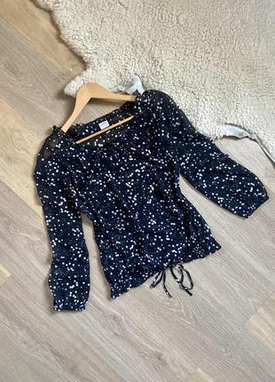 Блуза , рубашка в горошек ( звёзды ) от spirit размер с - м , лёгкая