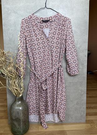 Платье рубашка на поясе стилье dorothy perkins