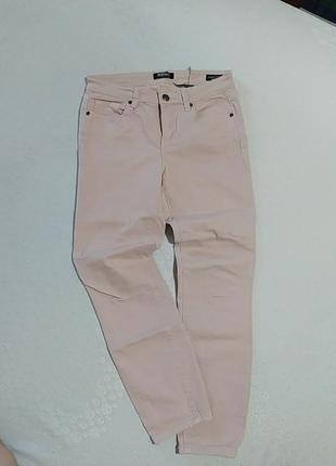 Стрейчевые джинсы капри