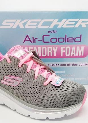 Стильные легкие дышащие  кроссовки skechers оригинал
