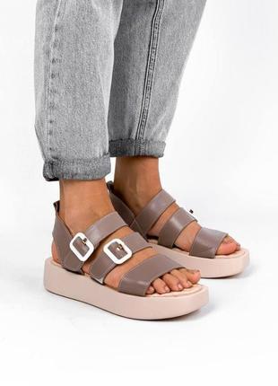 Кожаные босоножки сандали на платформе