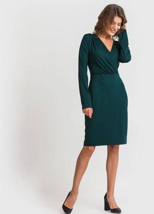 Трикотажное платье-футляр с вырезом vovk изумрудного цвета (xxs) новое с биркой