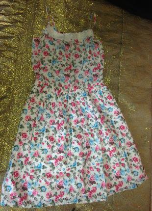 Платье в цветочек , на девочку 12-14 лет