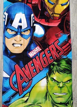 Детское пляжное полотенце для мальчика avengers с супергероями