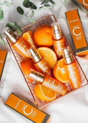 Осветляющая и омолаживающая сыворотка для лица с 10% витамином с  avon anew vitamin c radiance maximizing serum2 фото