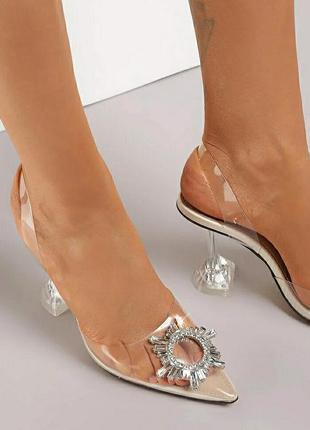 Силиконовые босоножки туфли с брошью  ,каблук - рюмочка