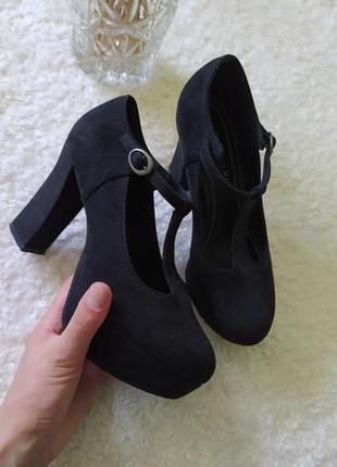 Чорні туфлі marco tozzi size 36