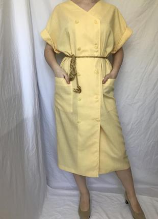Интересное винтажное платье - халат с большими карманами. винтаж.