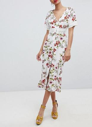 Распродажа платье prettylittlething миди с кружевными вставками с asos