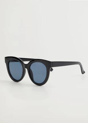 Стильные очки манго