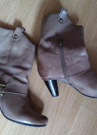 Шкіряні чоботи carnaby кожаные полусапожки сапоги кожа 39 зима
