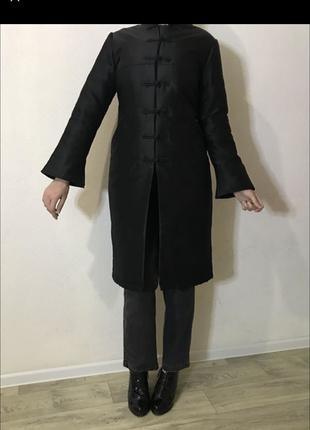 Пальто из натурального шелка100%
