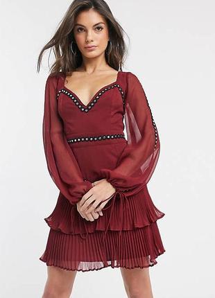 Шикарное платье asos design с контрастной окантовкой и плиссе!