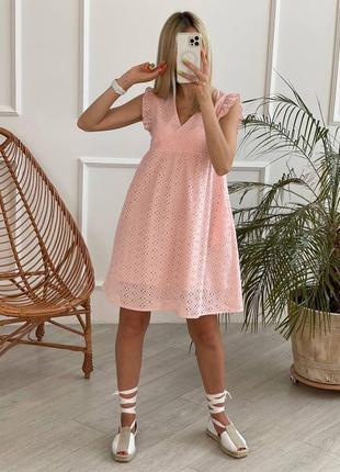 Платье короткое выше колена свободного кроя