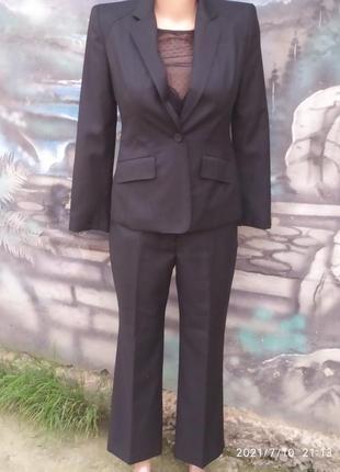 Стильный деловой костюм в полоску шерсть премиум бренд