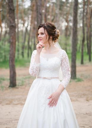 Свадебное платье а- силуэт
