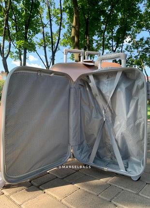 Акция !чемодан ,валіза ,отличное качество,кодовый замок,надёжный ,качественный4 фото