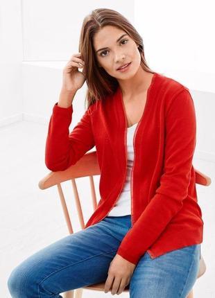 Модные вещи для пышных дам кардиган яркого цвета tchibo.германия