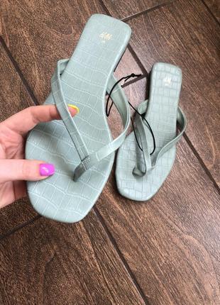 Новые стильные босоножки вьетнамки брендовые сандали h&m