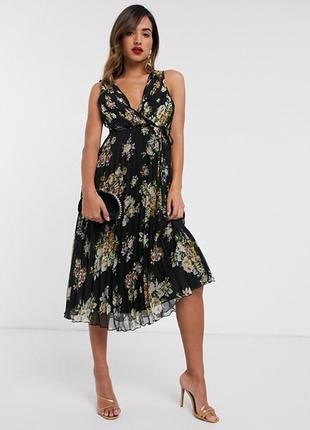 Шикарное платье asos design с красивым плиссе, в цветы,