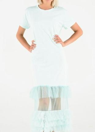 Платье футболка с фатиновыми рюшами